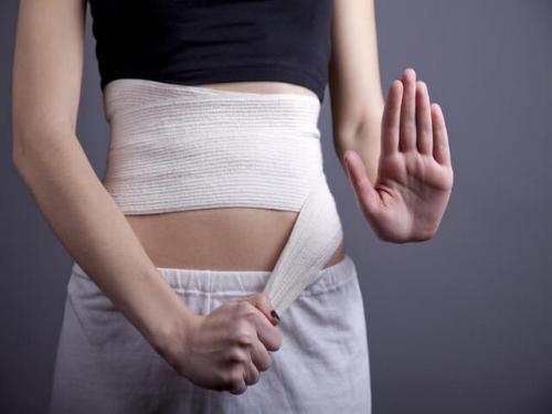 Как убрать живот после родов в домашних условиях. Причины возникновения проблемы
