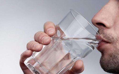 Очищение организма солью с водой. Очищение организма водой: в каких случаях используется?